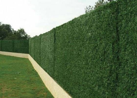 create privacy with artificial grass