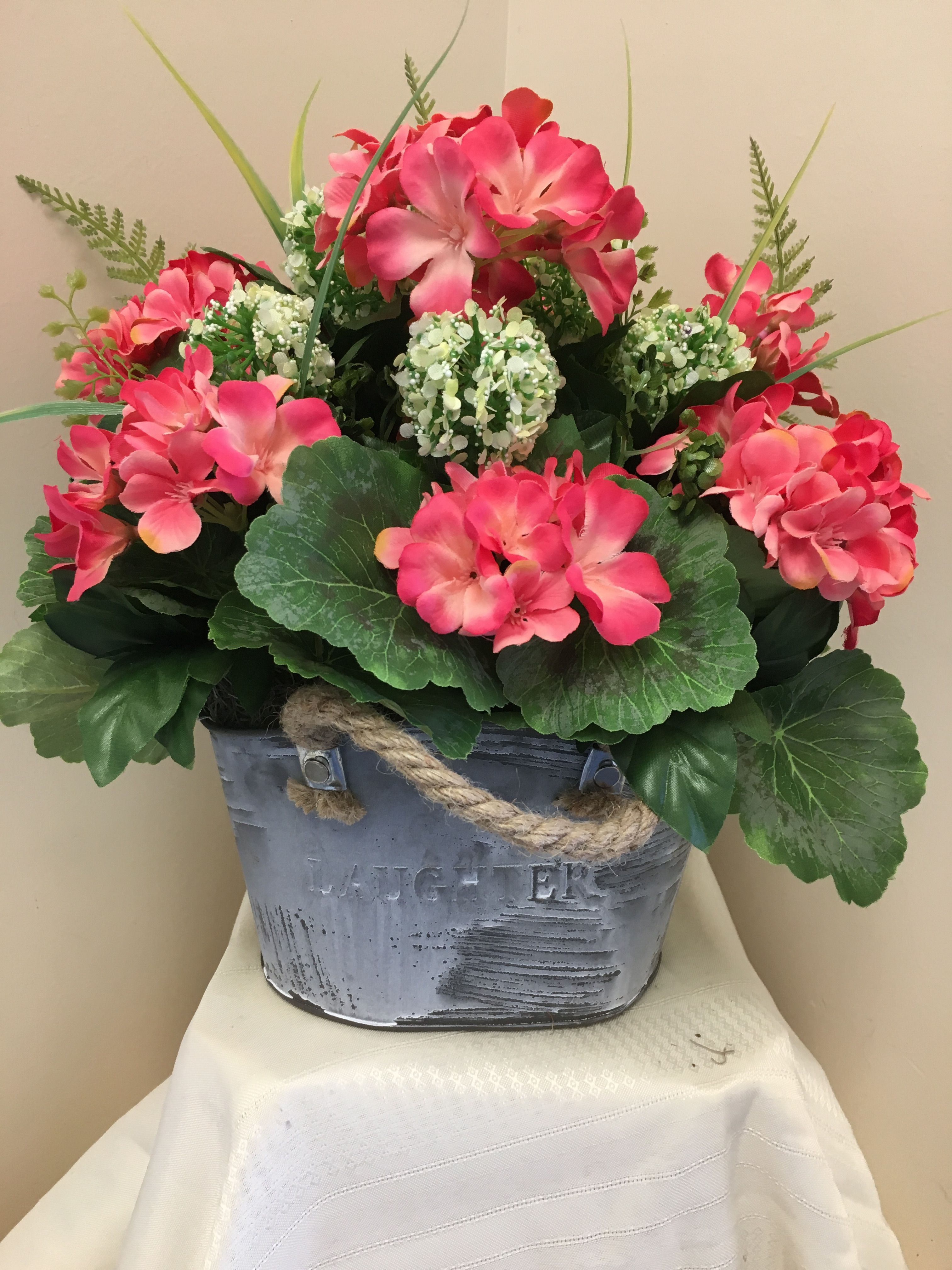 Do you search for wedding flower bouquet coral flowers