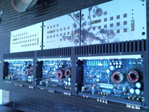 Old Xtant 121M 202M and 404M amplifiers | Audio, Car ... on