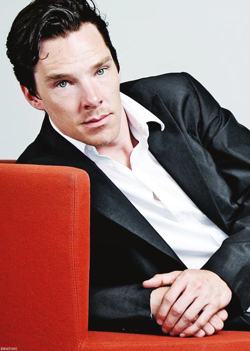 Pin By Juliana Williams On Dem Cheekbones Benedict Cumberbatch Sherlock Benedict Cumberbatch Benedict Sherlock