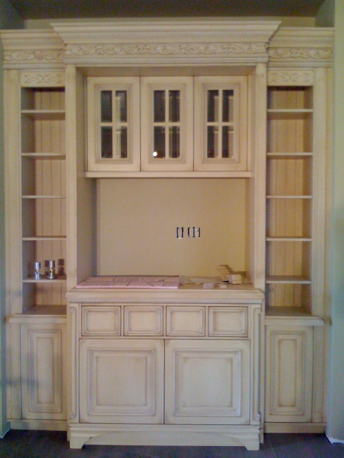 Wm Ohs cabinets, Denver Work in progress | Home decor, Design
