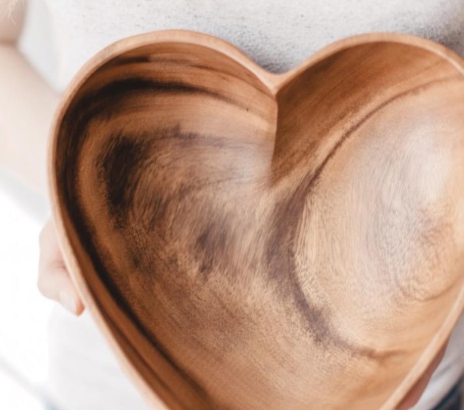 Acacia Wood Heart Bowl 10 Fair Trade Sustainably Harvested Creates Jobs Sustains Communities Wood Hearts Acacia Wood Carving