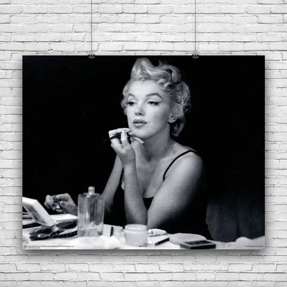 Marilyn Monroe, Elegant Photograph, Applying Make-Up in Front of ...