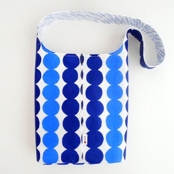 The Rug Rag Bag, handmade from  Marimekko Räsymatto oil cloth.