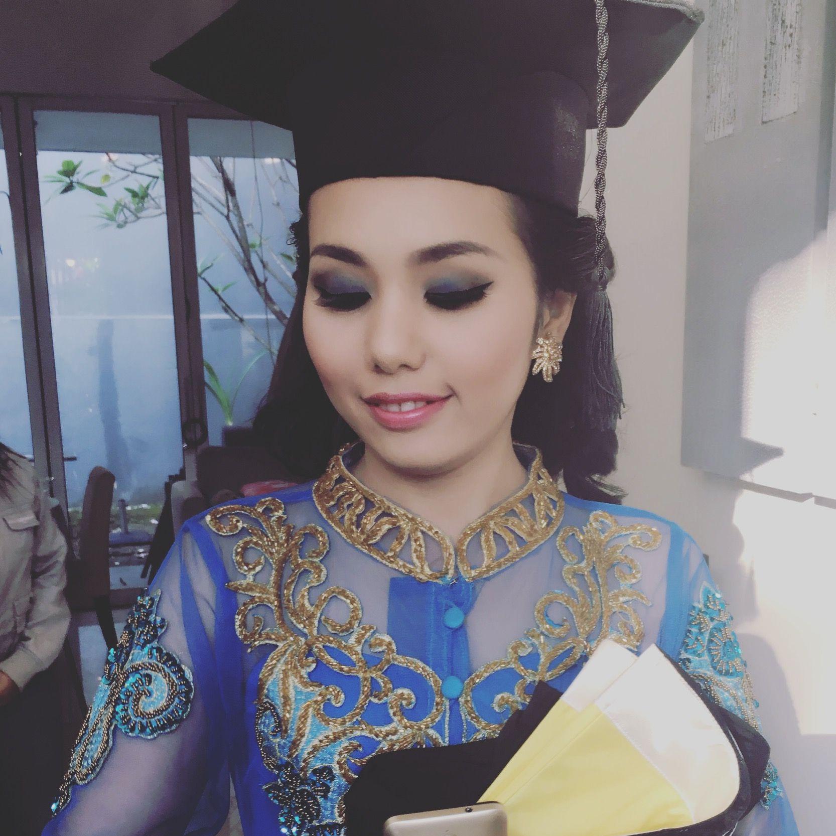 Makeup Wisuda Universitas Brawijaya Malang