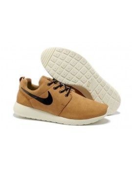 92fbb3101ceea Out Online Shop Nike Roshe Run Mens Camel White Black