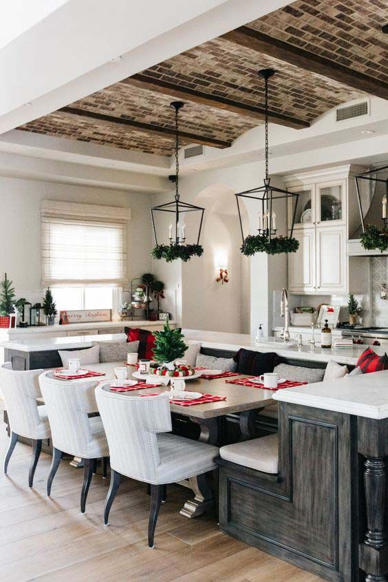 18 Awesome Kitchen Islands With Built In Seating