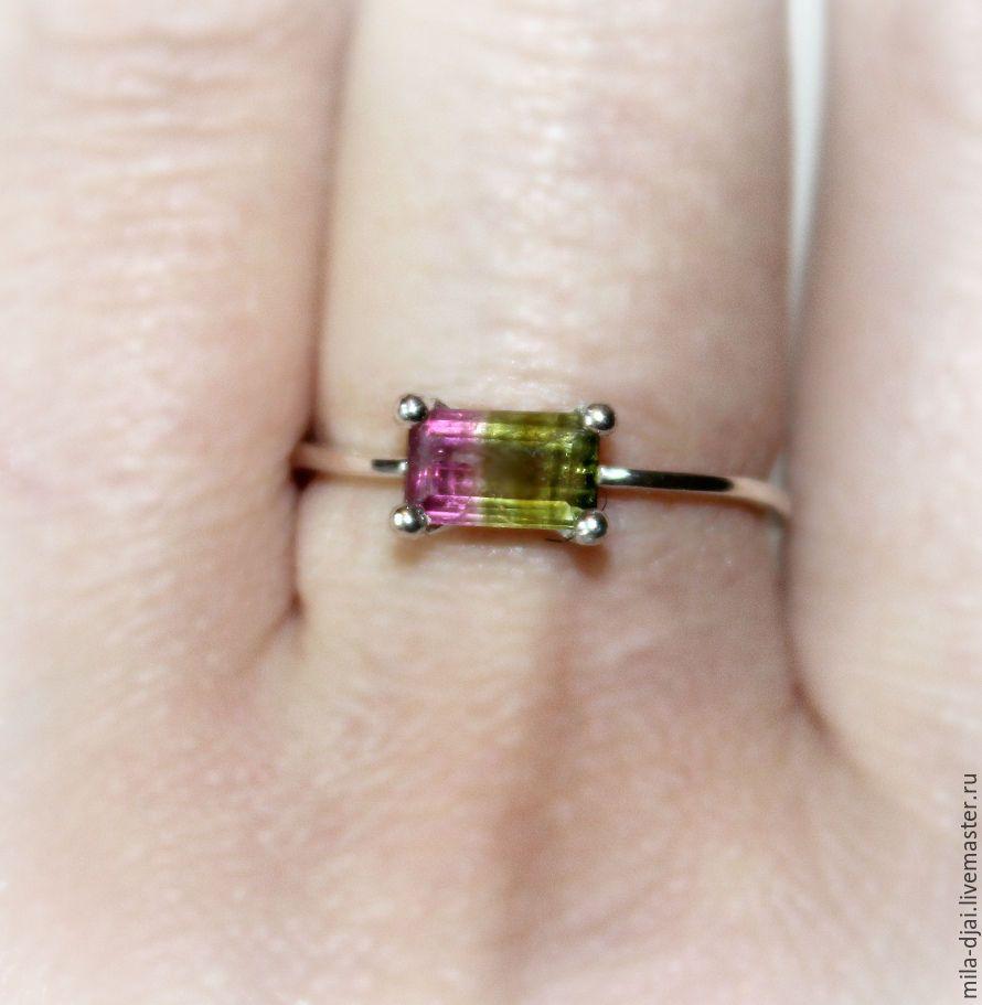 Кольцо из натурального камня турмалин