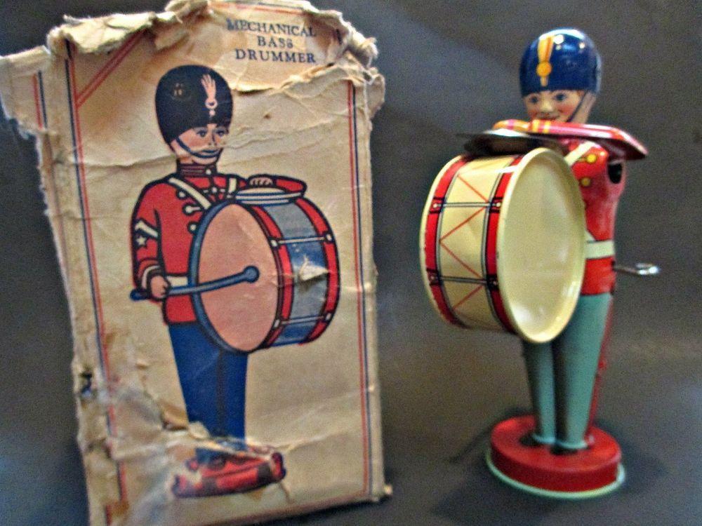 Vintage 1930s Chein Wind Up Bass Drummer #110 Original Box Works Great #JCheinandCo