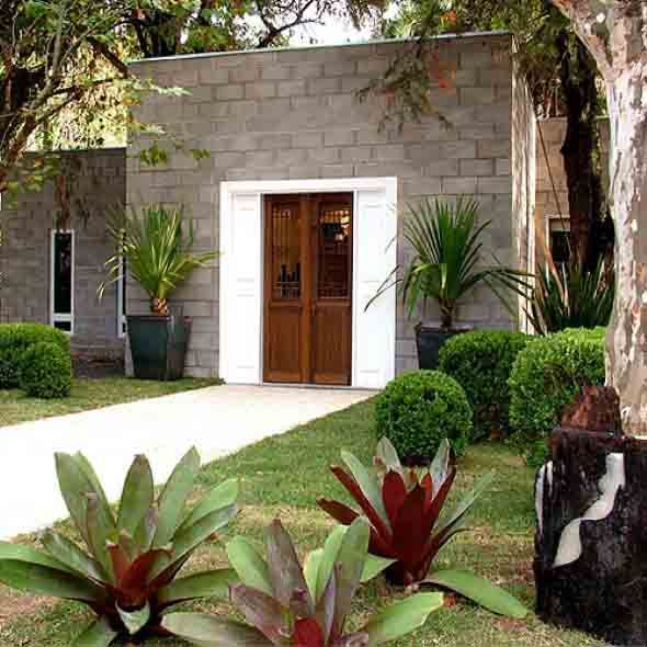 Frente de casas com jardim 590 590 jardins for Jardines pequenos frente