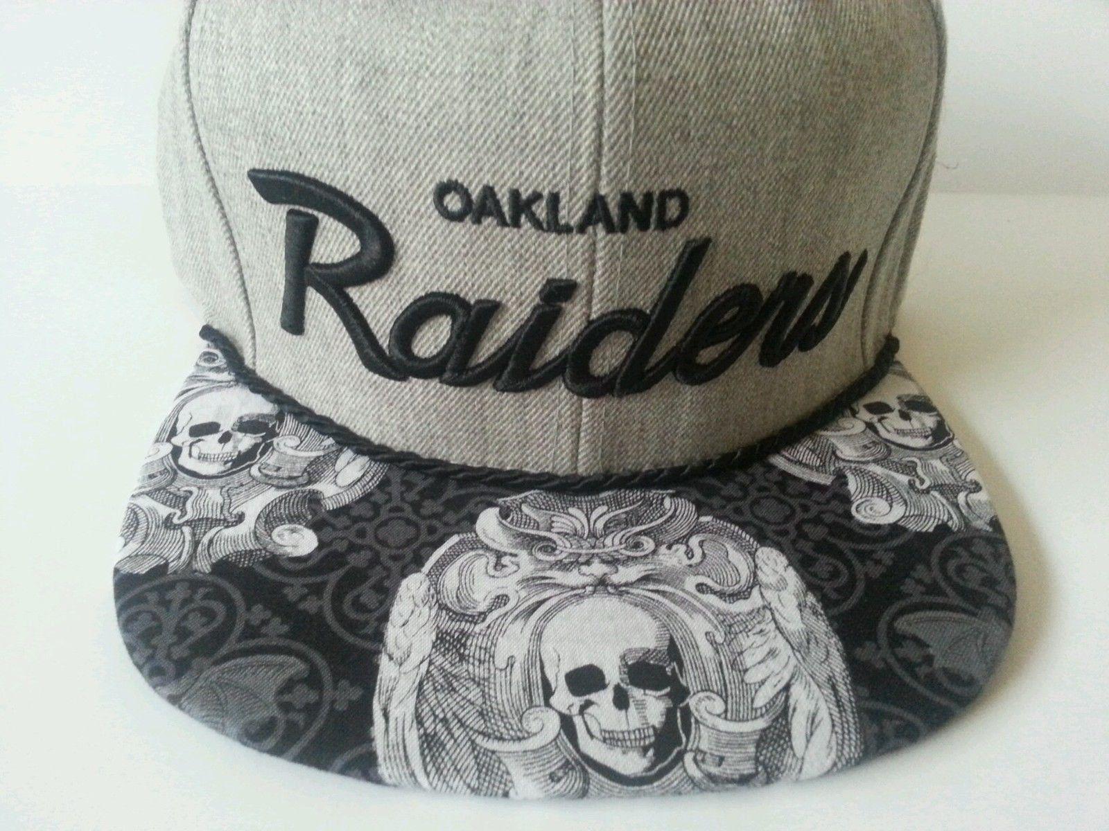 2a3ec54af1336 Mitchell and Ness NFL Oakland Raiders Custom Snapback Cap