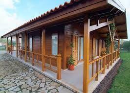 Resultado de imagem para imagem de casa de madeira