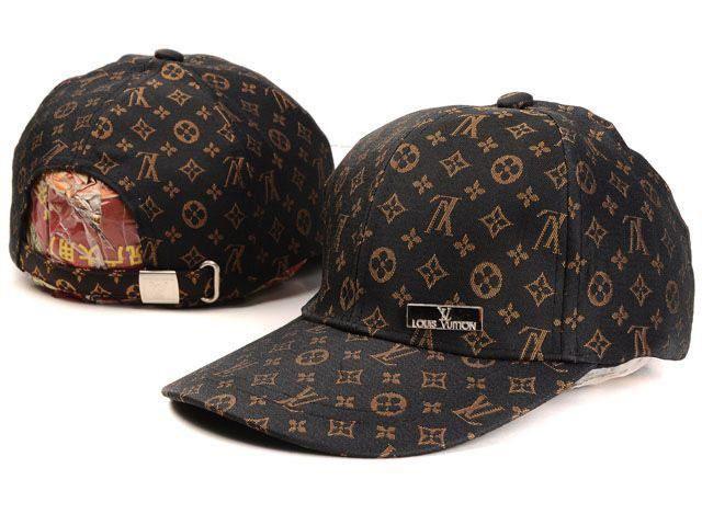 54214ab4fa857 Gorra Louis Vuitton De Beisbol Negro Logo y Bajo Precio