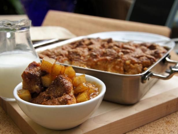 Salted caramel bread pudding with caramelized apples recipe food salted caramel bread pudding with caramelized apples recipe food sweets pinterest caramel bread pudding bread puddings and puddings forumfinder Images