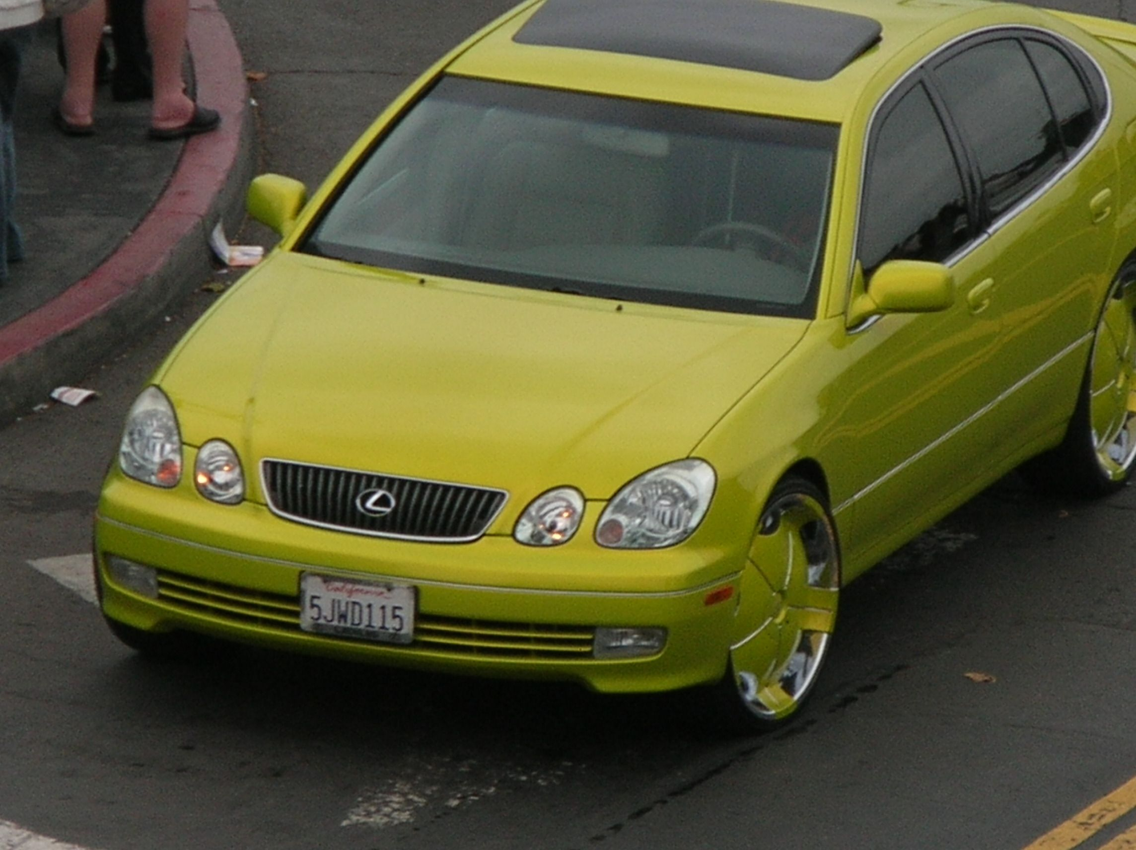 Cars colored yellow - Cool Car Color