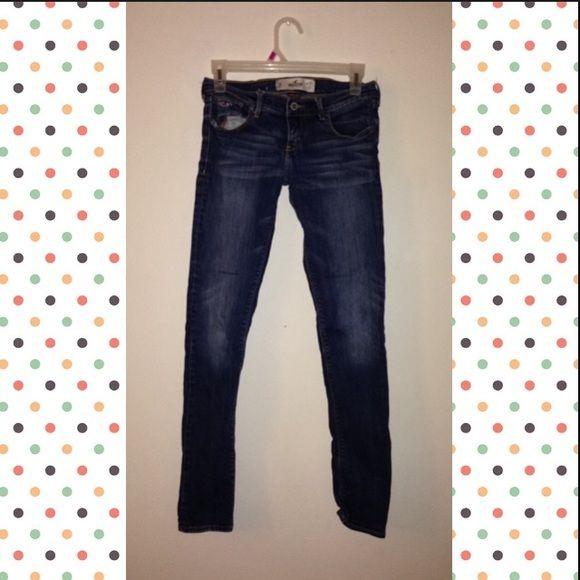 Hollister super skinny!  Good condition hollister super skinny jeans size 1 Hollister Pants Skinny
