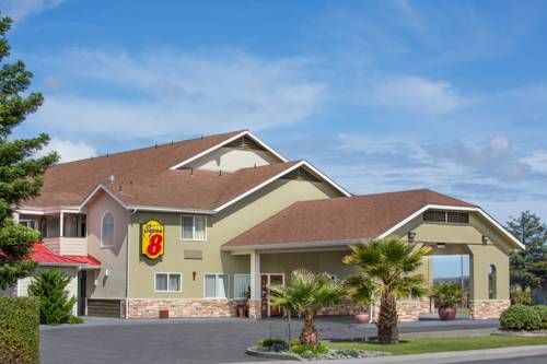 Super 8 Fortuna Fortuna (California) This Fortuna, California hotel off Highway 101 offers a daily continental breakfast and features rooms with free Wi-Fi and a flat-screen TV.  The Bear River Casino is 5.2 miles away.