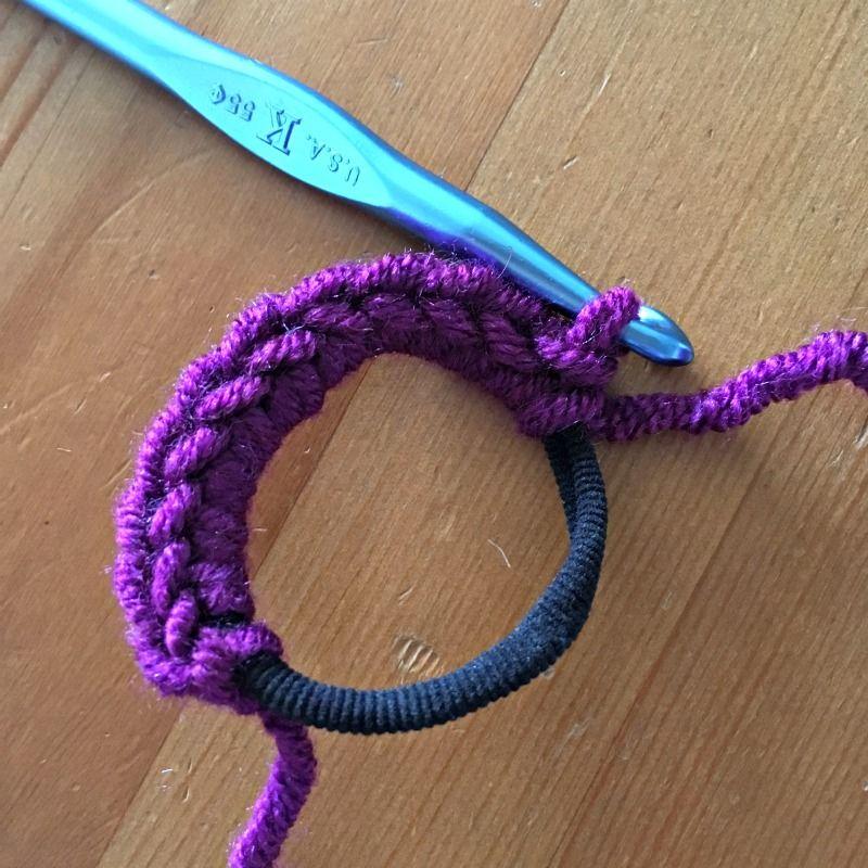 Messy Bun Hat Crochet Pattern  free crochet pattern for a messy bun ponytail  beanie  277d4cdedcd6