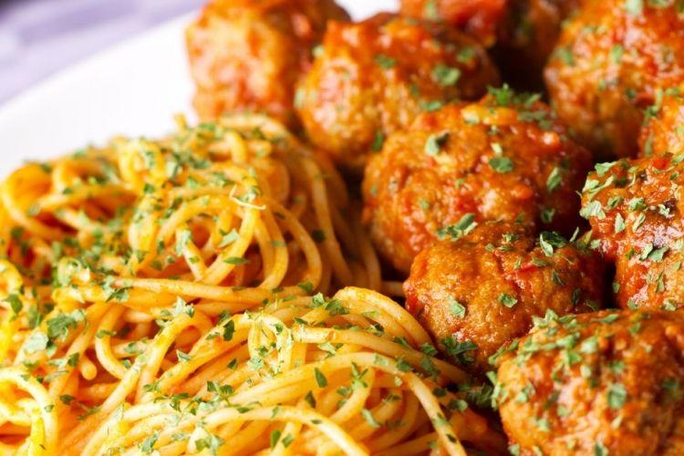 Spaghetti aux boulettes de viande...Un classique que tout le monde adore