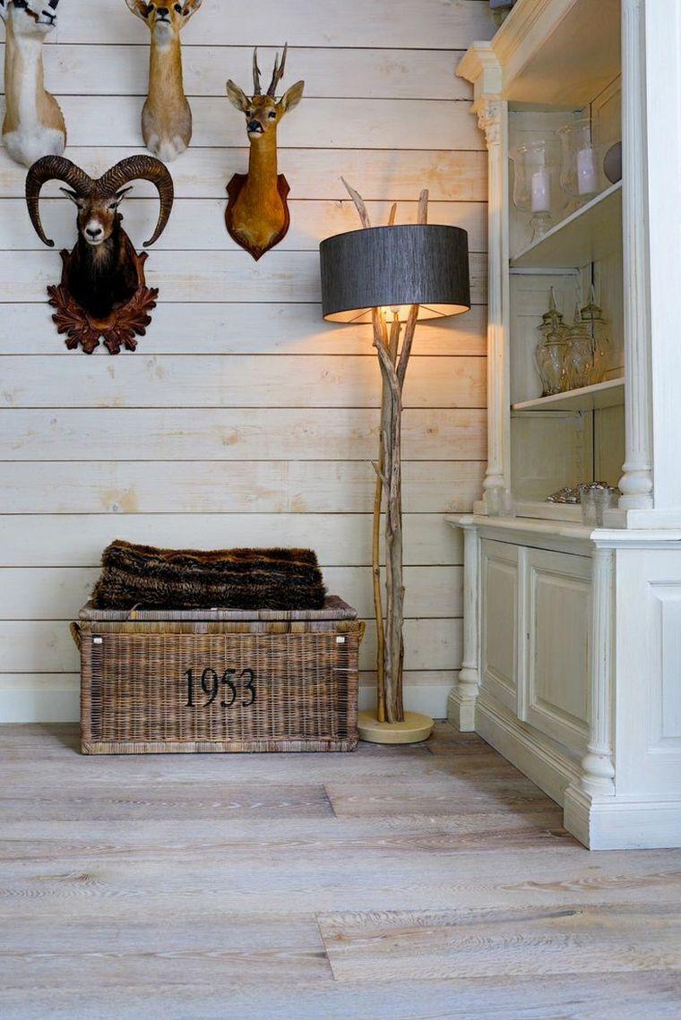 decoration de mur de salon mur bois clair et déco de salon