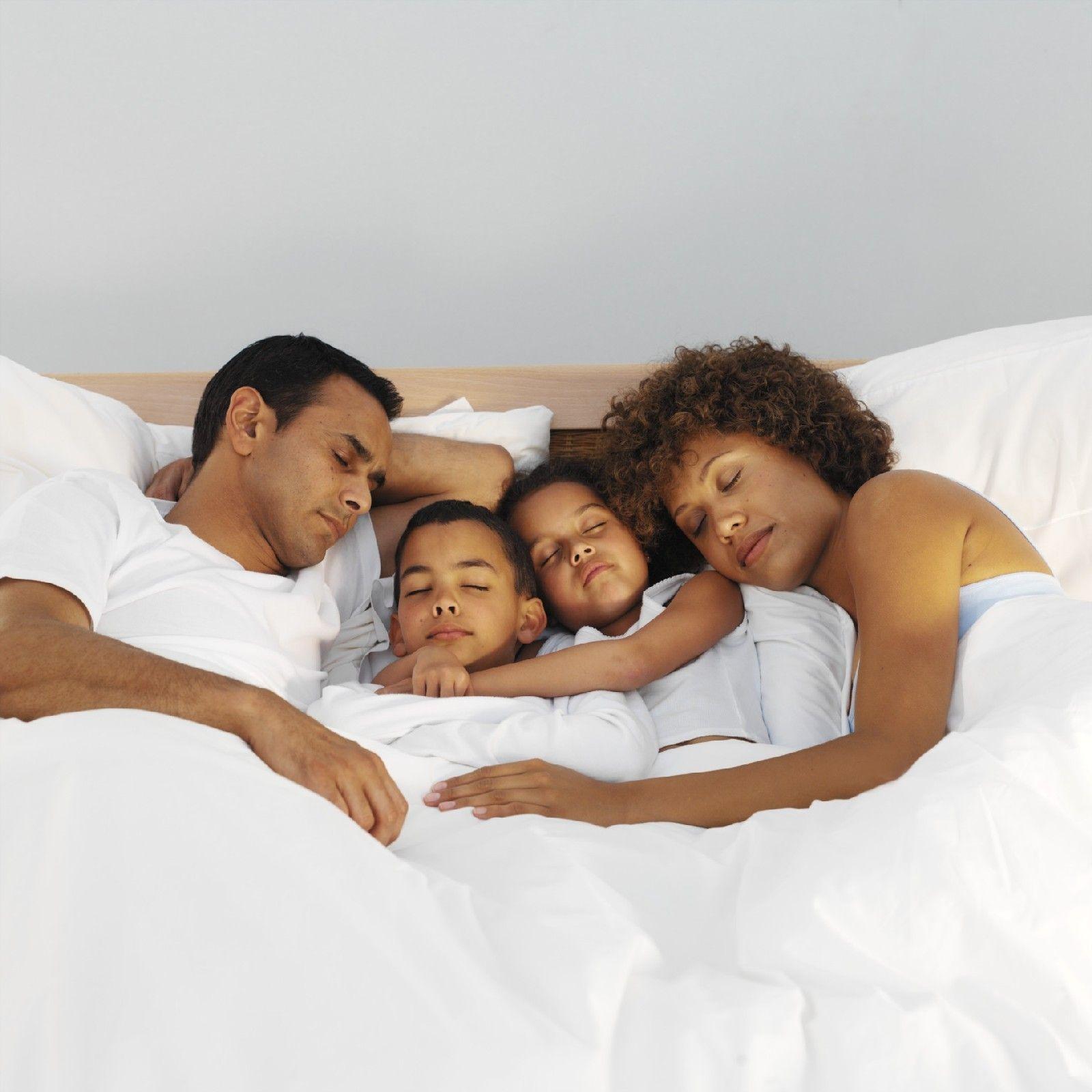 Besser schlafen: So lernt Ihr Kind im eigenen Bett zu