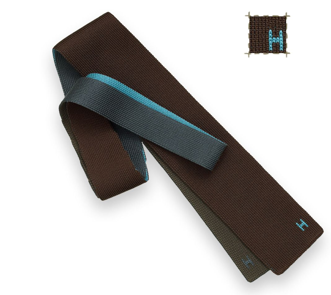 Herms 4 Temps- Square knit tie, reversible to 4 colors ...