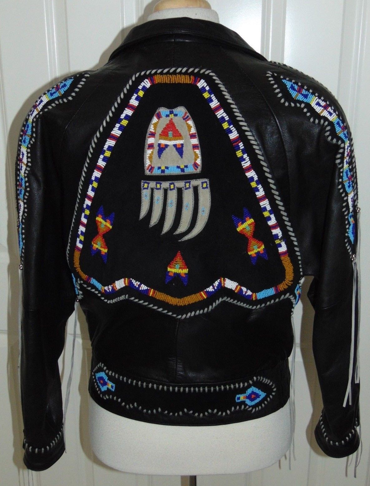 Men S Arturo Burray Olson Native American Beaded Leather Jacket Sz 40 Bead Leather Native American Beading Leather Jacket [ 1556 x 1186 Pixel ]