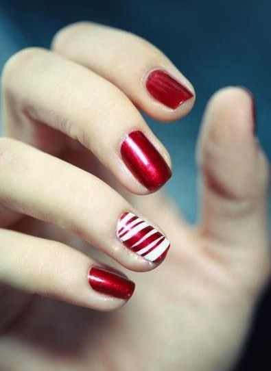 Try a festive manicure in red and white...