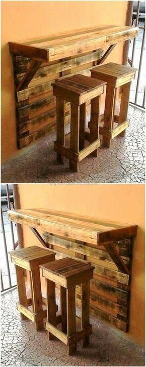 Pallet Projects: Look at this pallet project. A wall mounted bar an... #WoodCraftsJewelry #palletprojects