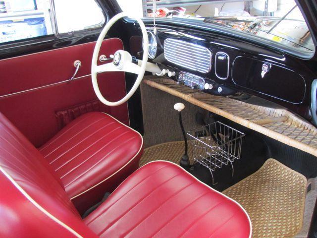 1956 vw oval window beetle sedan interior interior for Interiores clasicos