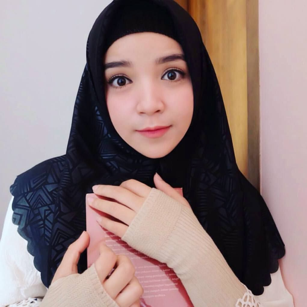 Hijab Cantik Banget