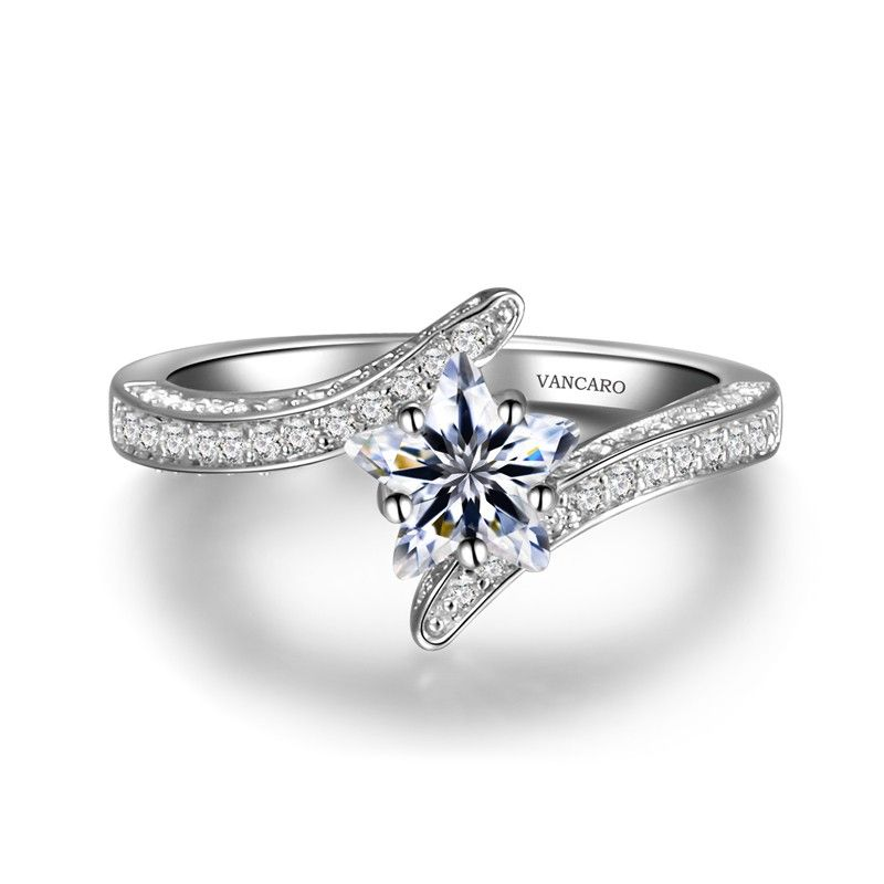 ring engagement designer with central stylish rings diamond gb prominent