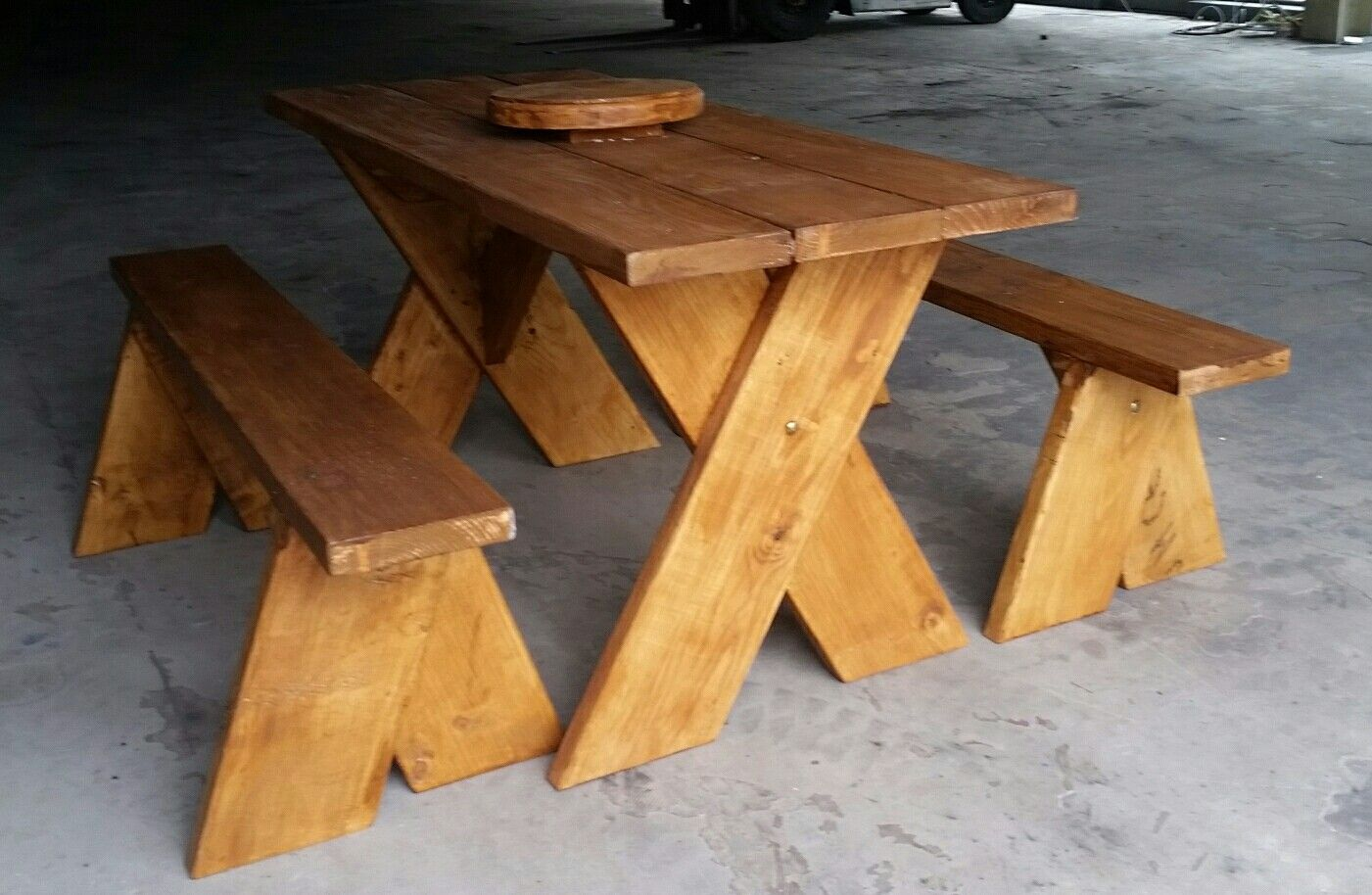 Exceptionnel Picnic Table With Lazy Susan And Benches