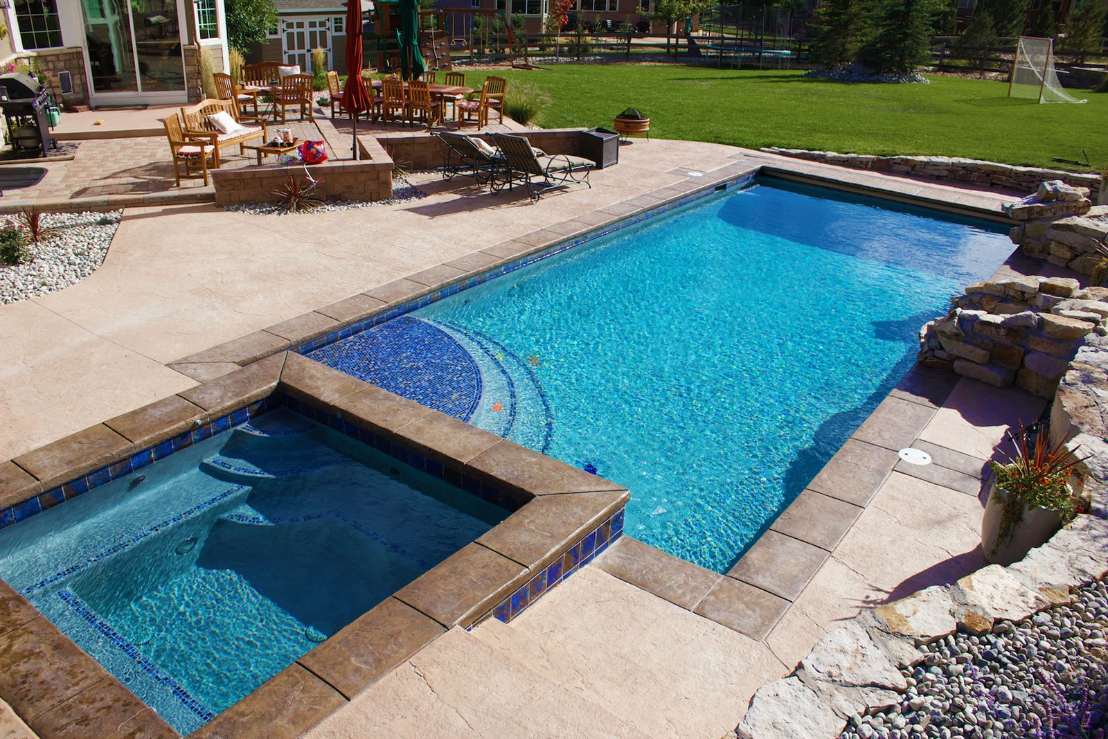 Pool and spa with patio and BBQ   Backyard pool and spa ...