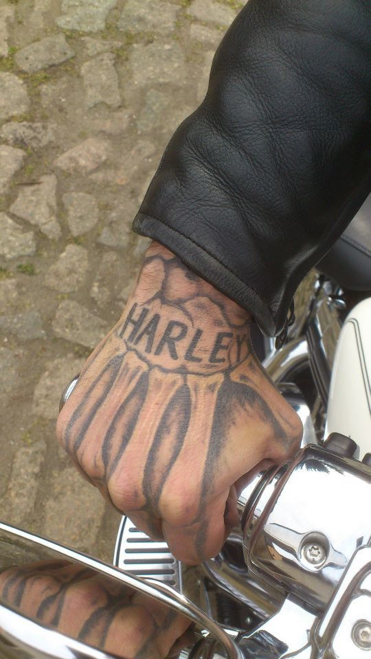 07361fe19298b 10 Of The Coolest Harley-Davidson Tattoos Ever Seen. MUST SEE. Check out