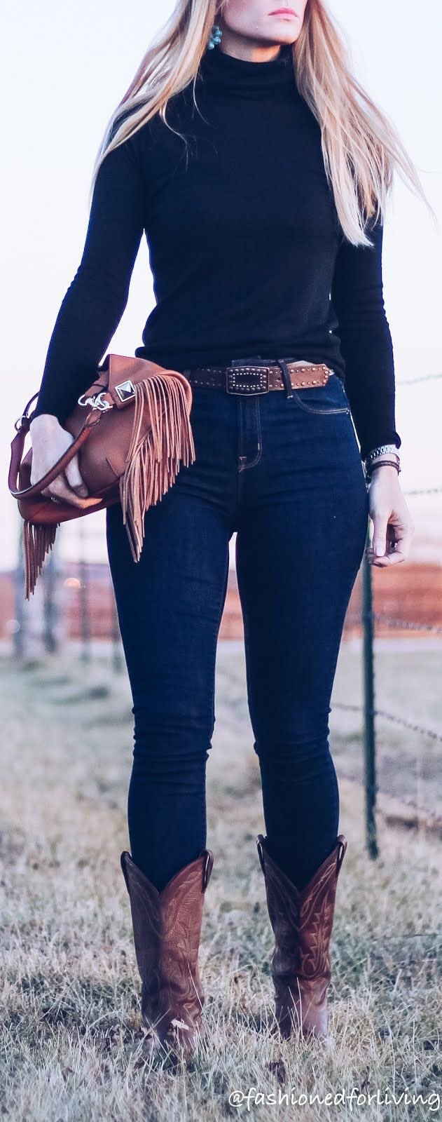 3e128875e4e high waisted jeans outfit with cowboy boots and black turtleneck ...