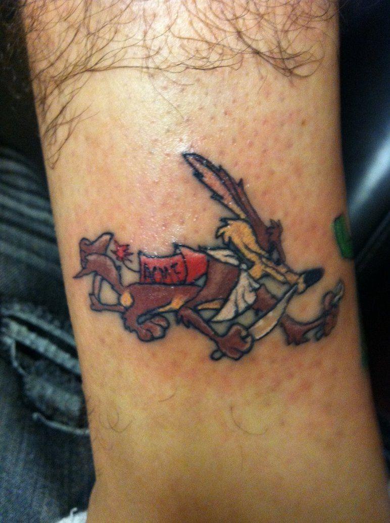 cool wile e coyote tattoo coolz tatttoo ideas tattoo ideas pinterest coyote tattoo. Black Bedroom Furniture Sets. Home Design Ideas