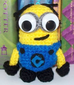 Assemble the Minions! 10 Free Minions Crochet Patterns #minioncrochetpatterns Minion on Crochet_Goods - free Minons crochet patterns roundup on Moogly! #minioncrochetpatterns Assemble the Minions! 10 Free Minions Crochet Patterns #minioncrochetpatterns Minion on Crochet_Goods - free Minons crochet patterns roundup on Moogly! #minioncrochetpatterns