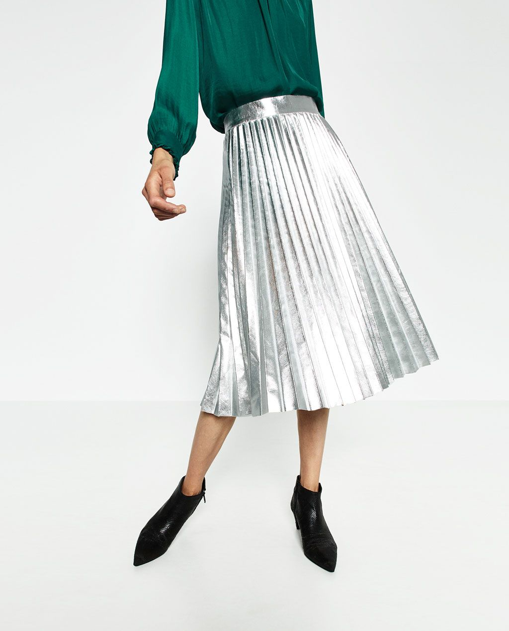 e874df380 FALDA PLISADA METÁLICA | Fashion | Pleated Skirt, Pleated midi skirt ...