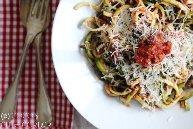 Zoodles à la Puttanesca - glutenfreie Nudeln Italienische Küche