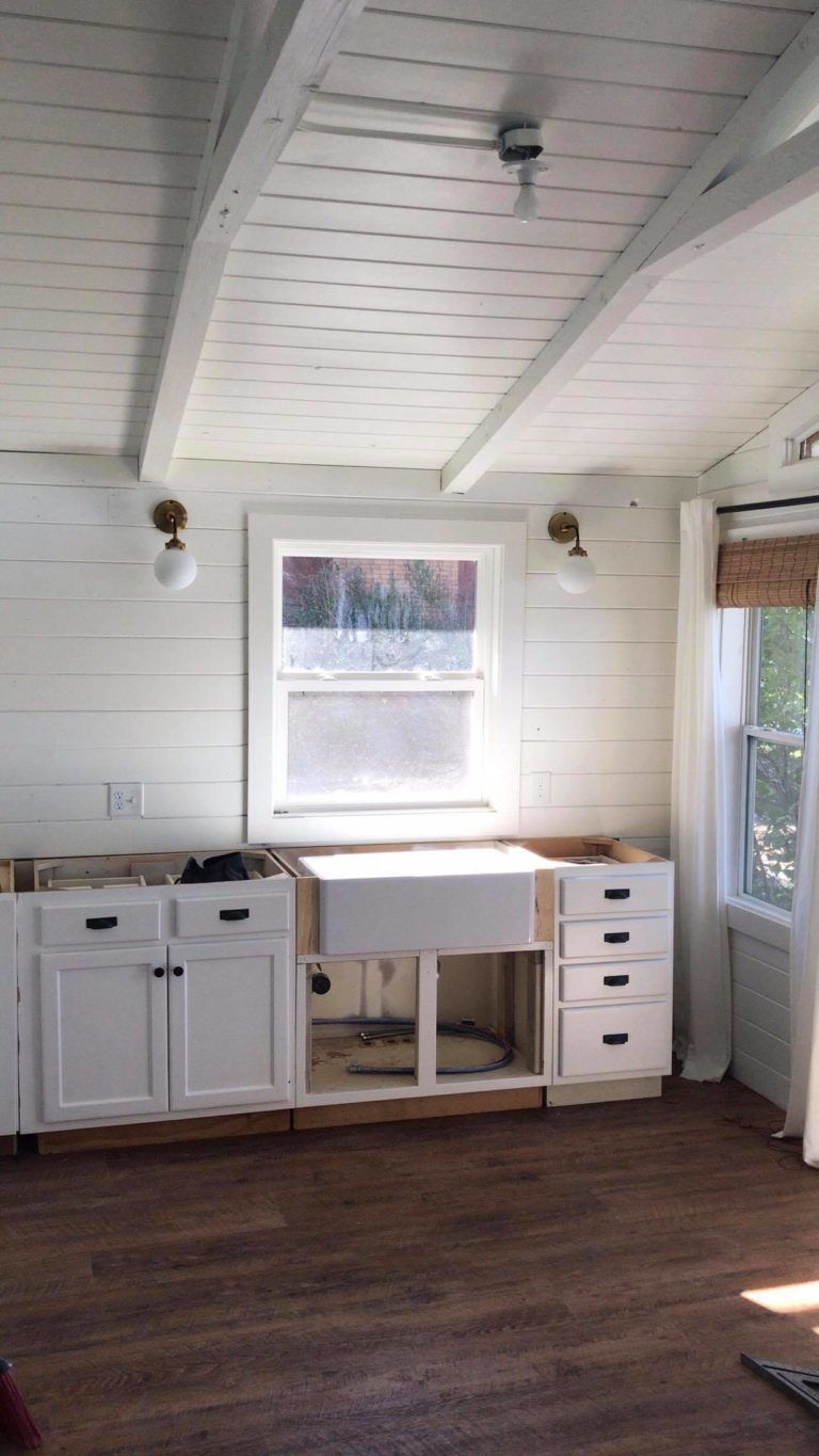 CABIN KITCHEN REVEAL WITH OUR SINKOLOGY SINK Proverbs 31