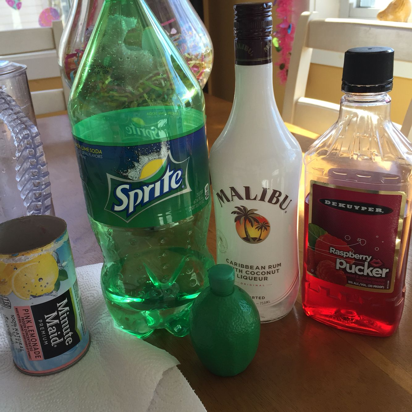 Jungle Juice Frozen Pink Lemonade Mix A Little Water With Sprite Lime Juice Coconut Rum And Raspberry Pucker Mix To Your Liking Amazing My Jungle Juice