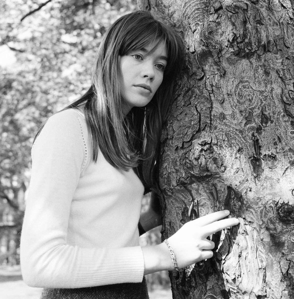 """Isabelcostasixties: """"Françoise Hardy, In Platt Fields Park"""