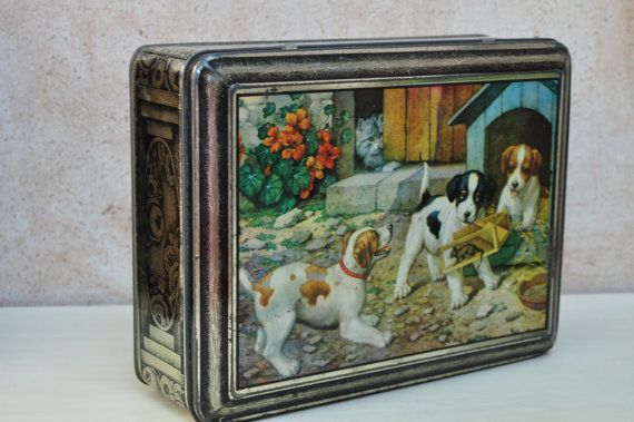 Vintage French Pictorial Tin Box by LaManche on Etsy