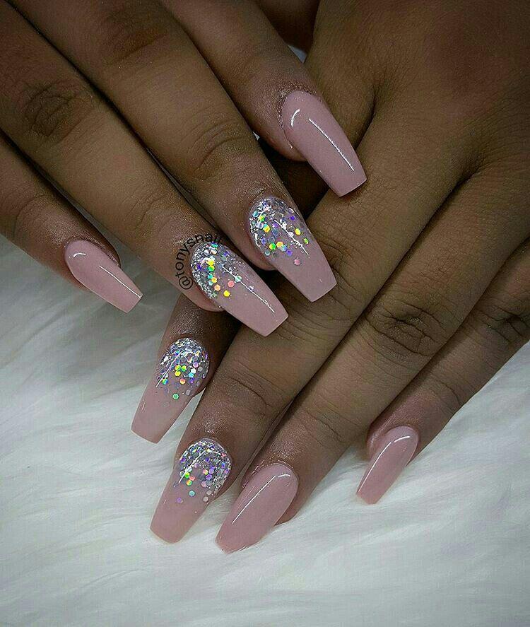pin sophia nails