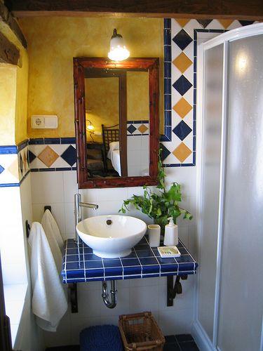 Azulejos storage pinterest ba os ba o y ba os r sticos for Azulejos banos rusticos