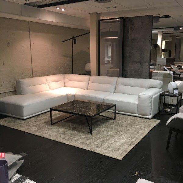 natuzzi italia dorian sofa natuzzi italia philadelphia 321 south street 215 515 3398. Black Bedroom Furniture Sets. Home Design Ideas