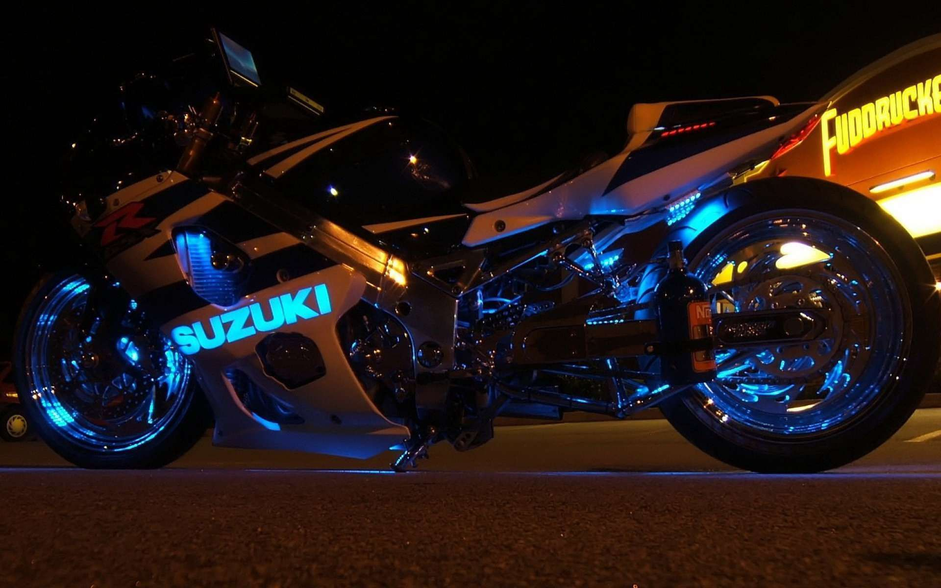 Pin By Hd Wallpapers On Bike Cars Wallpapers Motorcycle Neon
