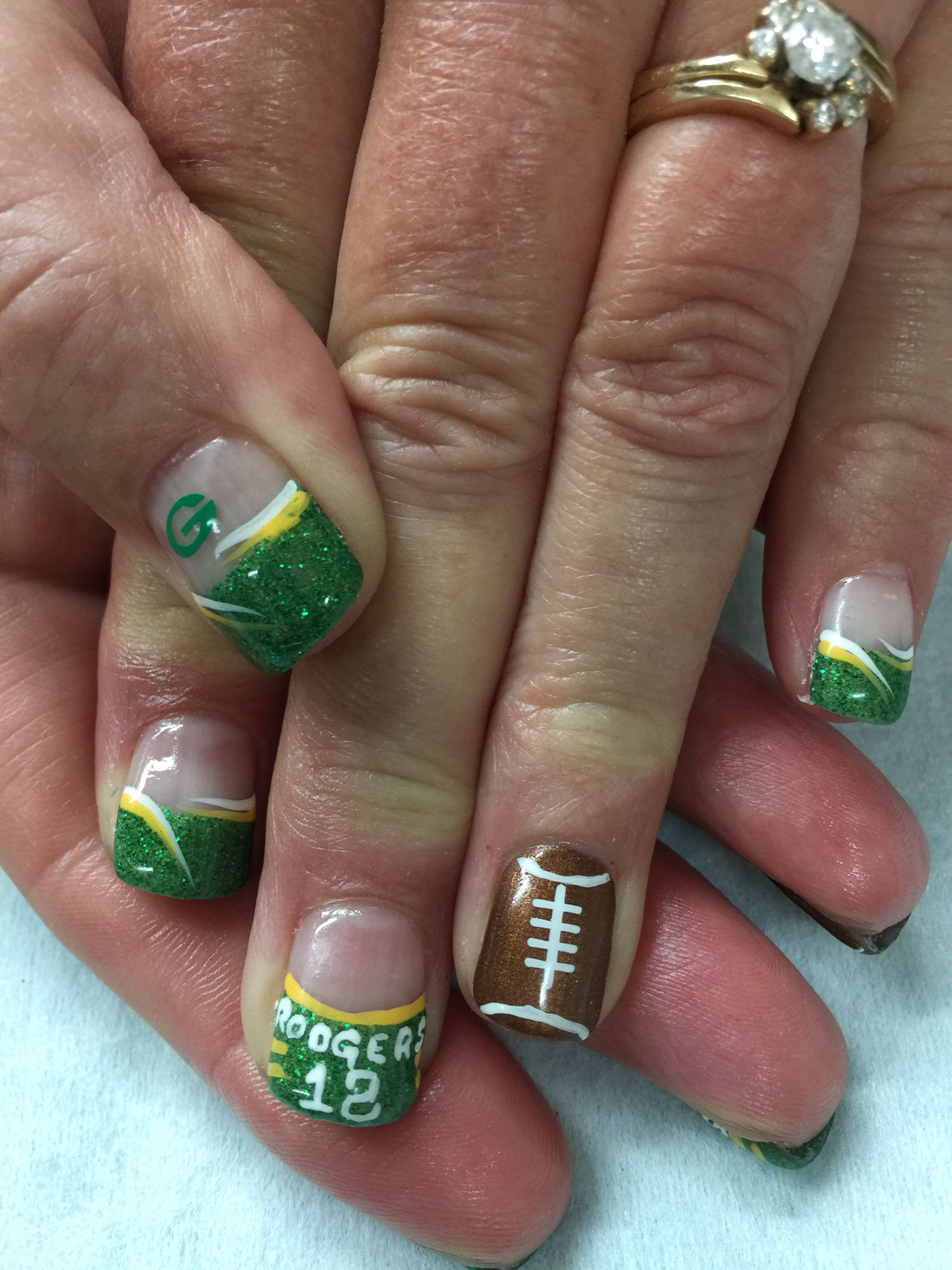Glittered Green Bay Packer, football Aaron Rodgers gel nails. All ...