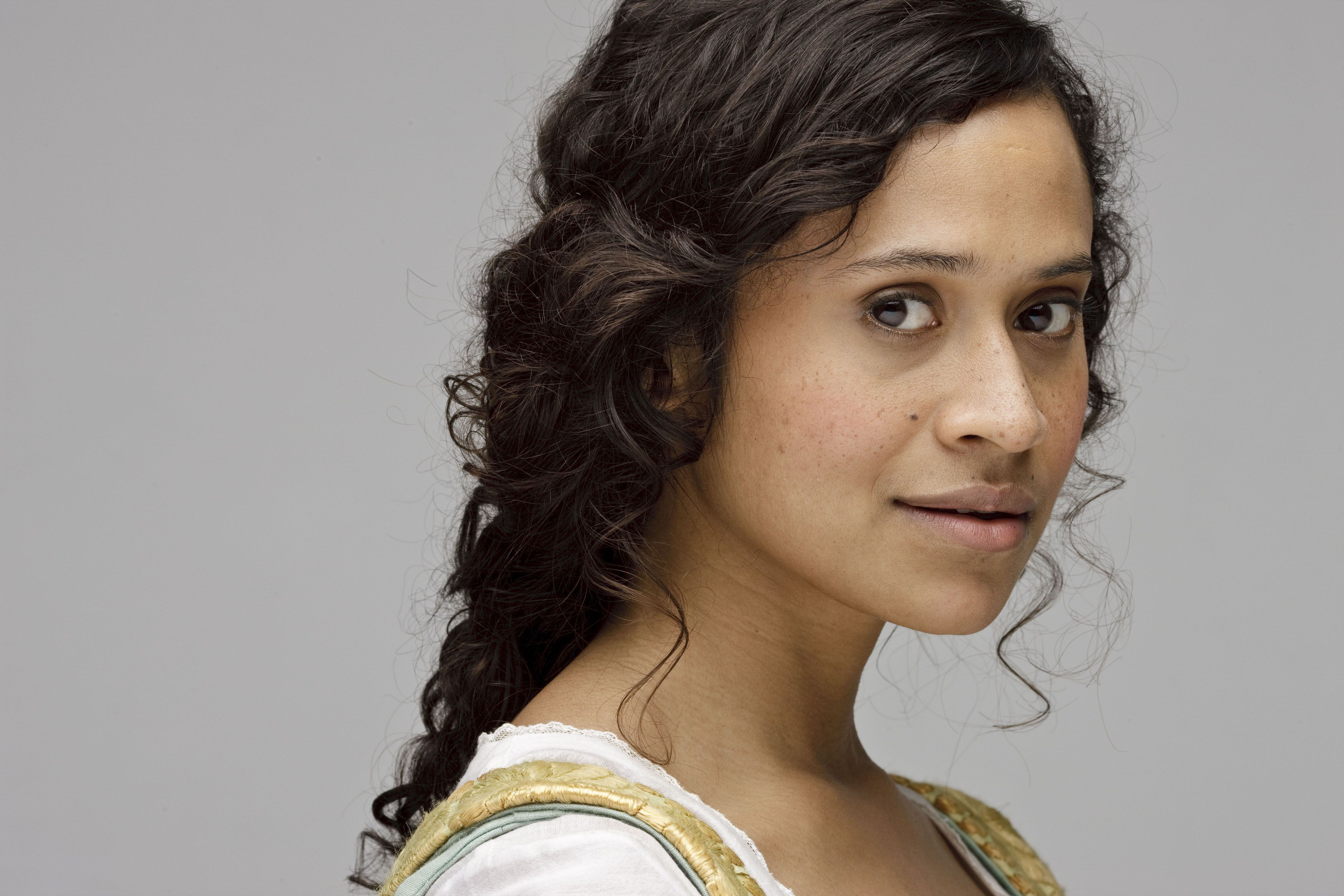 "Merlin S3 Angel Coulby as ""Gwen"""